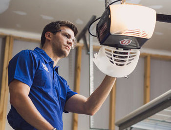 garage door repair Spring TX